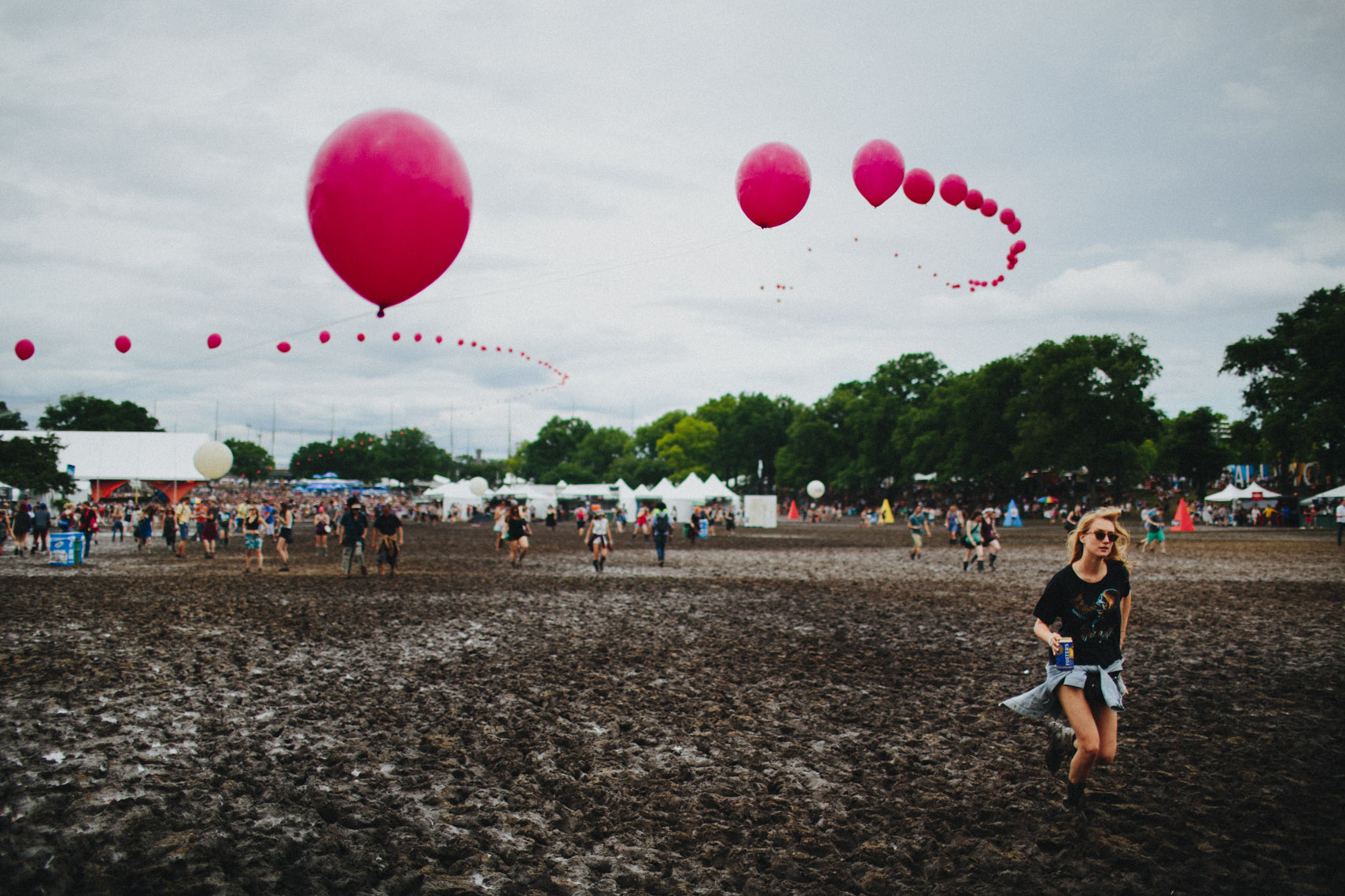 Governors ball mud and balloons photographed by Forest Woodward